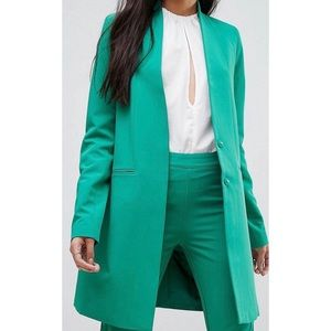 Collarless Blazer With Shoulder Pads!